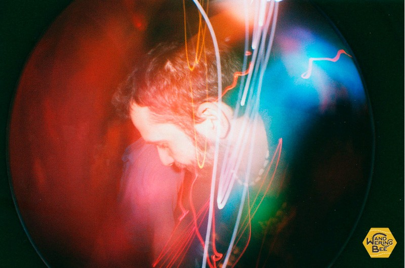 Fisheyeの長時間露光機能を使用して、光と被写体を収めた写真