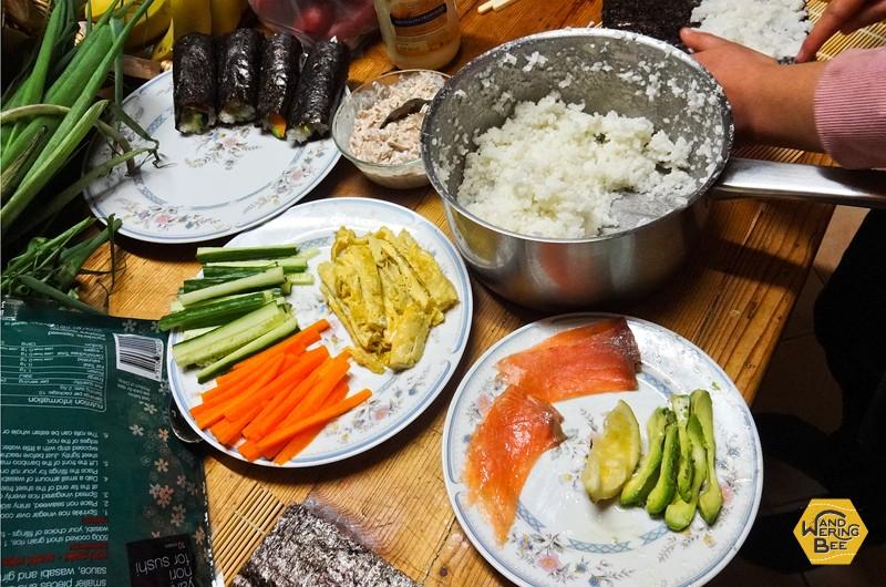 お寿司作りは材料費もさほどかからず、文化交流の手段としてオススメです