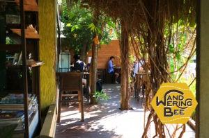 カドスアンケーオ北のAhka Ama Coffeeはノマド達の憩いの場
