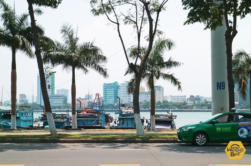 ハン川周辺はダナンで最も栄える観光地区