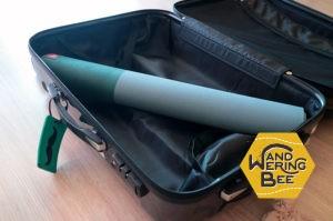スーツケースには丸めて斜めに入れれば収納可能