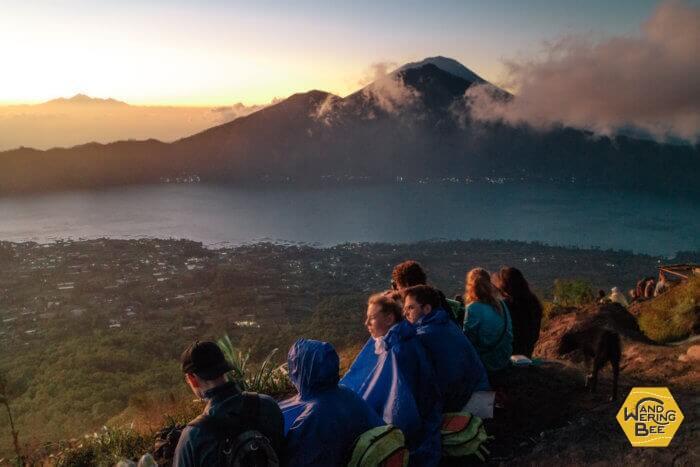 コワーキングの仲間たちとMt Batur日の出トレッキングへ