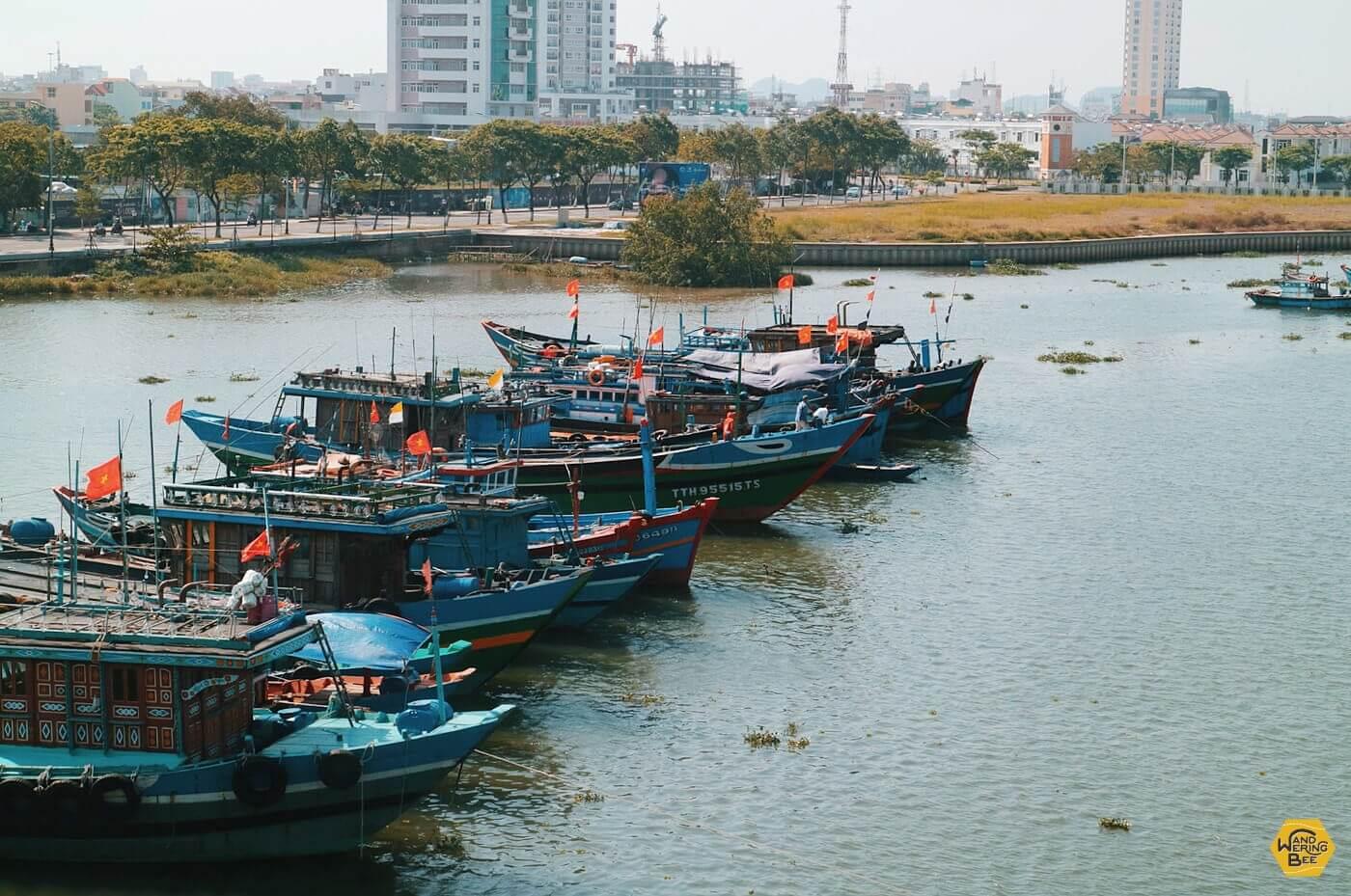 開発と観光の中心部であるハン川周辺