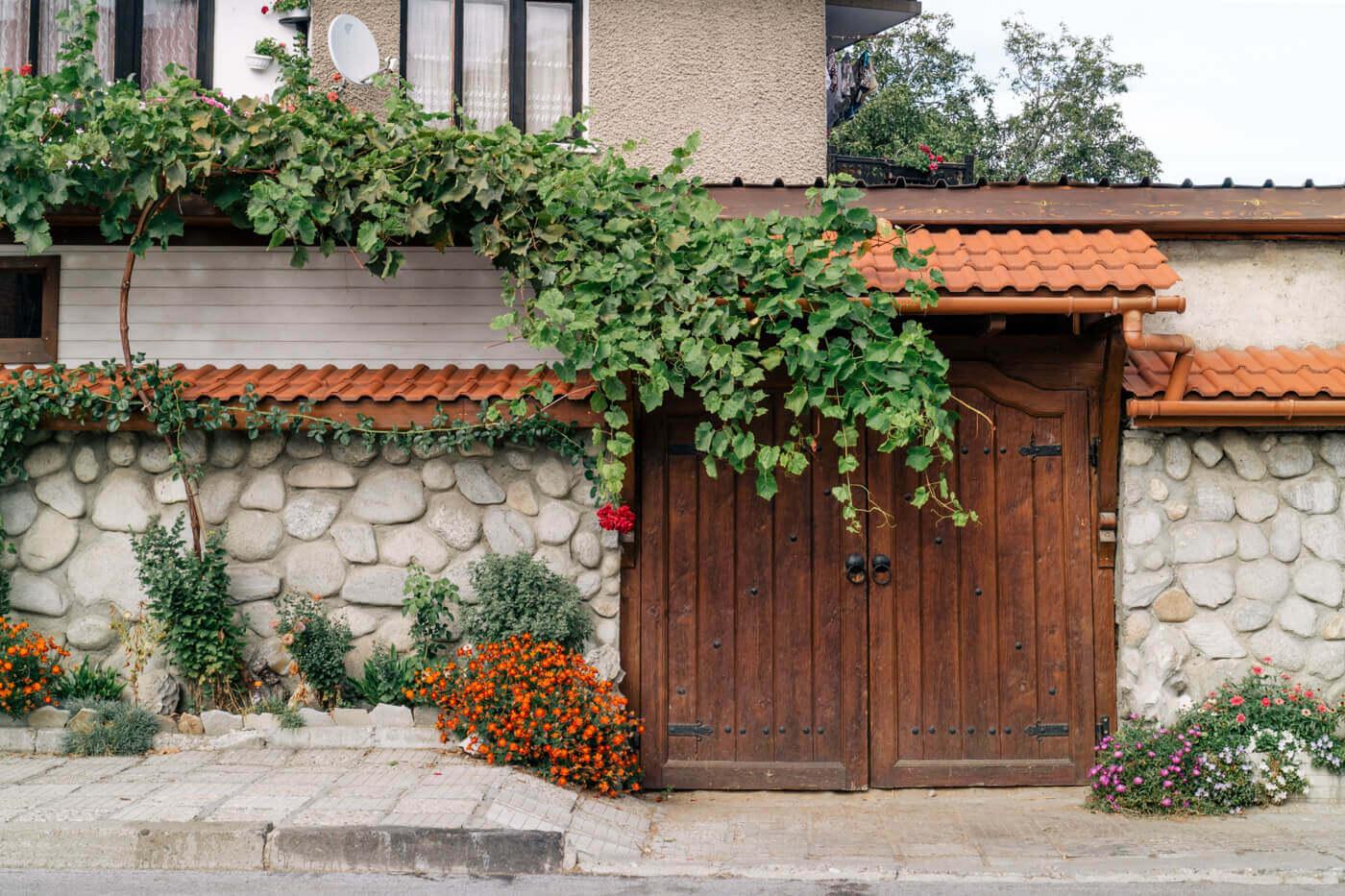 可愛らしい外見の田舎の家々